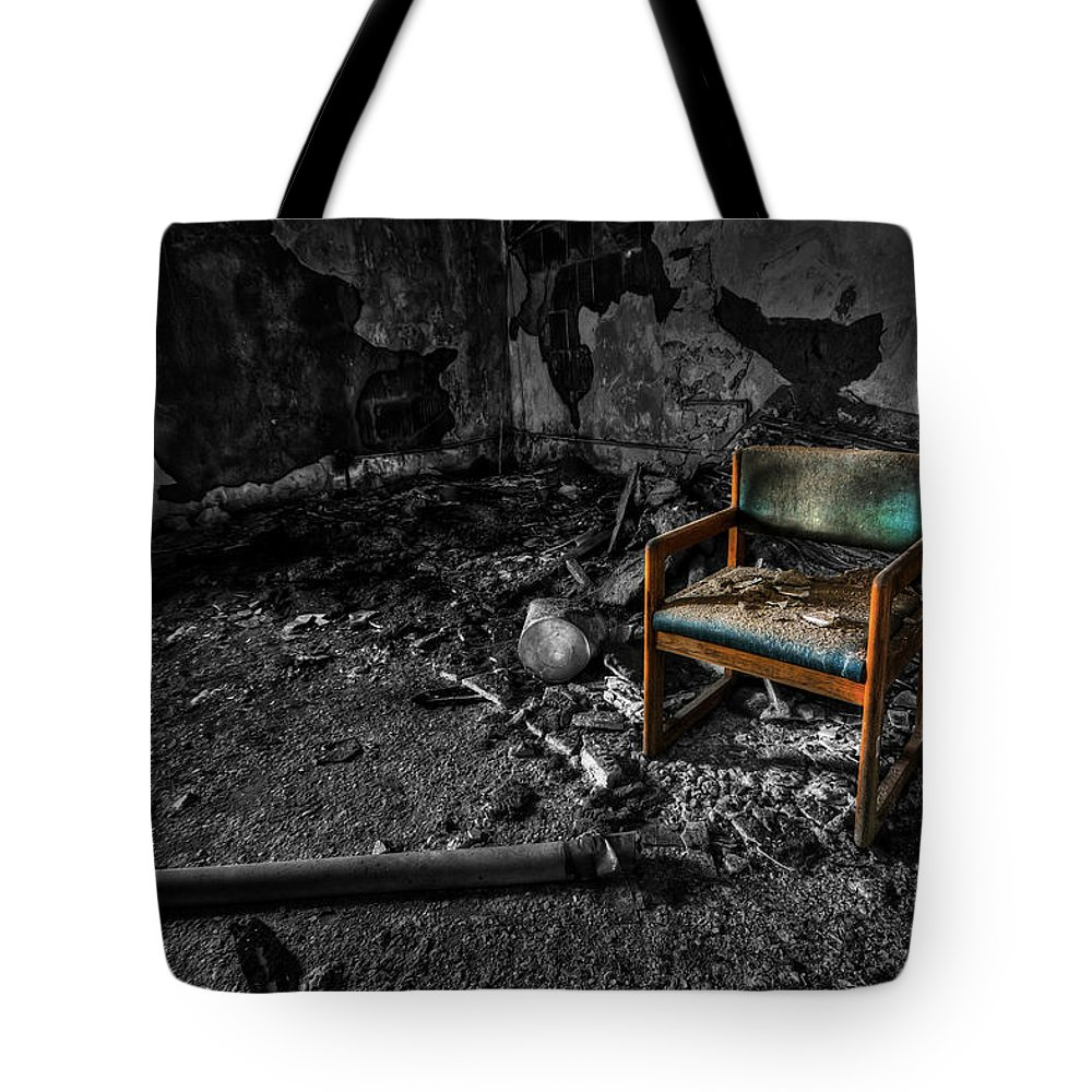 Chair Tote Bag featuring the photograph Sole Survivor by Evelina Kremsdorf