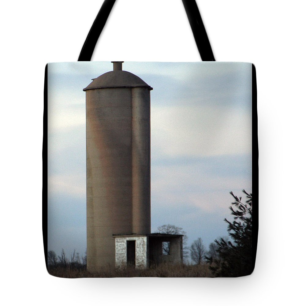 Silo Tote Bag featuring the photograph Solo Silo by Tim Nyberg