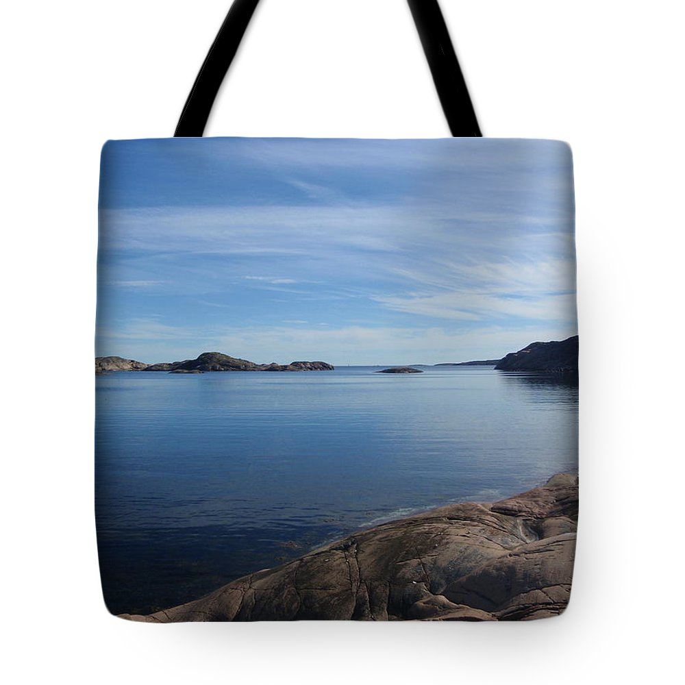Vista Tote Bag featuring the photograph Soon Afternoon by Are Lund