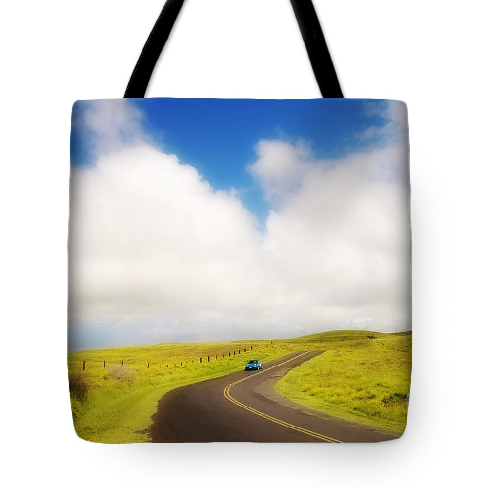 Afternoon Tote Bag featuring the photograph South Kohala by Greg Vaughn - Printscapes