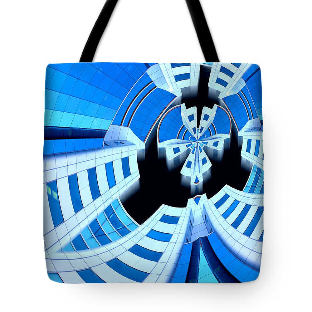 Photography Tote Bag featuring the photograph Spaced by Paul Wear