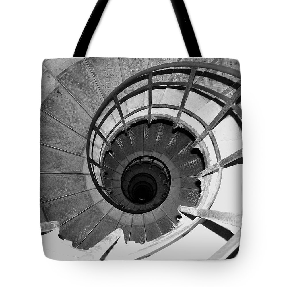 Spiral Staircase Tote Bag featuring the photograph Spiral Staircase At The Arc by Donna Corless