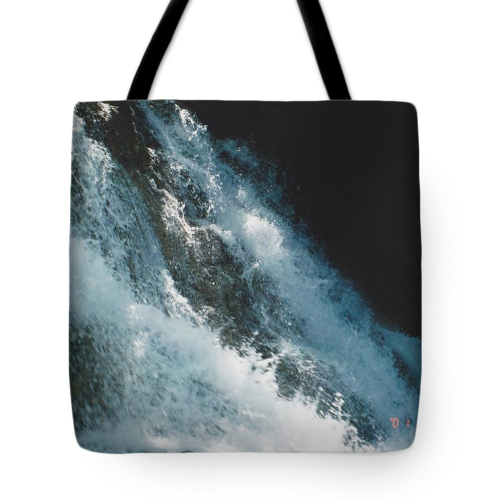 Water Tote Bag featuring the photograph Splash by Michelle Powell