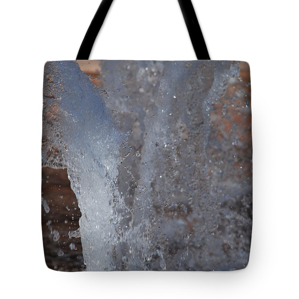 Water Tote Bag featuring the photograph Splash by Rob Hans