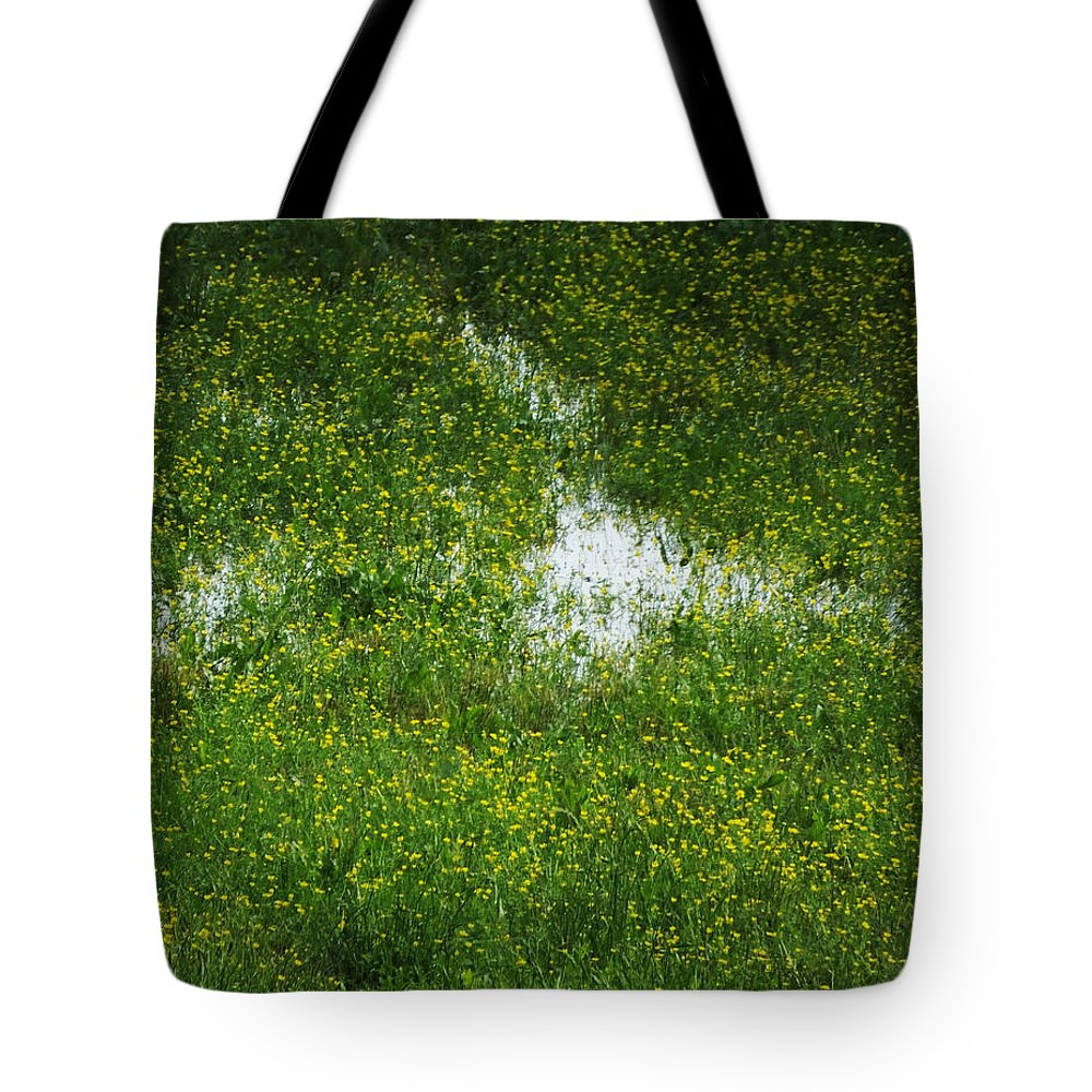 Field Tote Bag featuring the photograph Spring Field Memphis by Lizi Beard-Ward