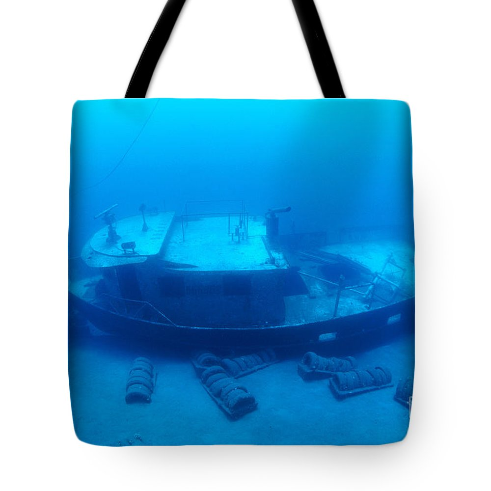 Anthony Tote Bag featuring the photograph St. Anthony Wreck by Dave Fleetham - Printscapes