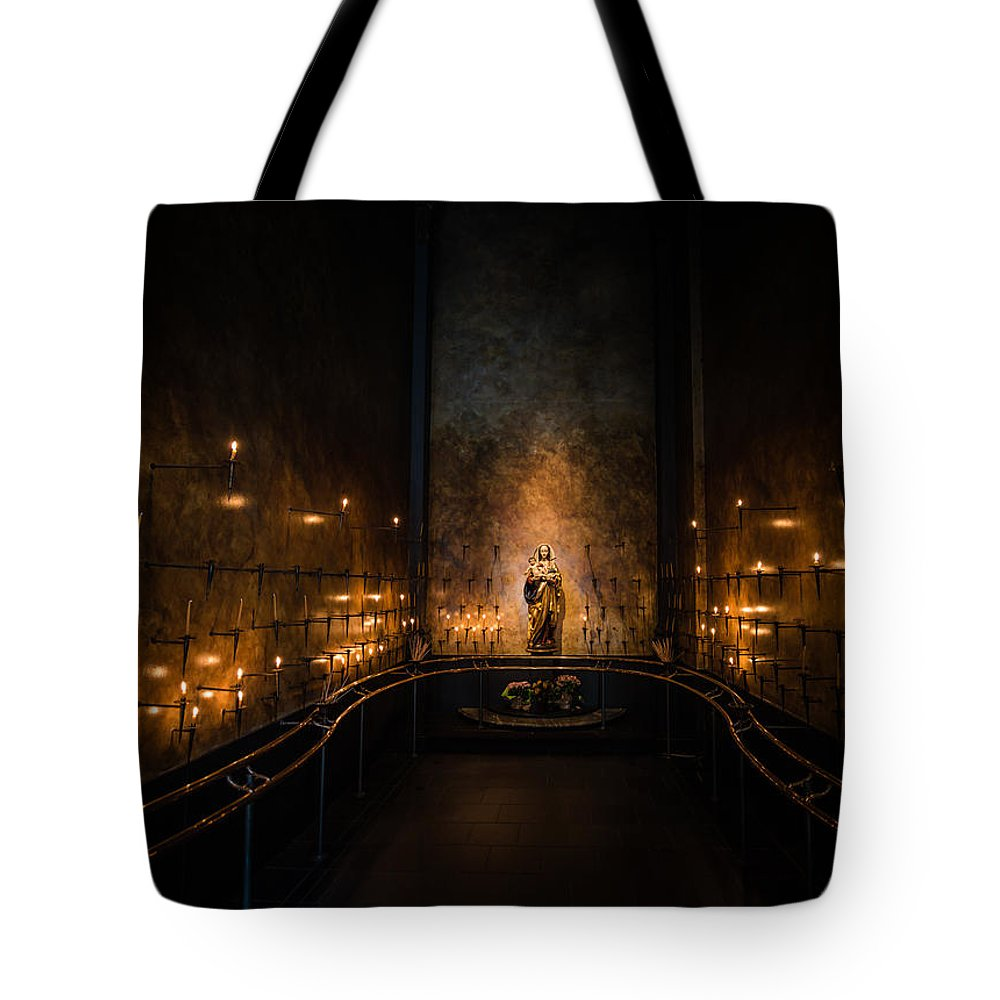 St. James Cathedral Seattle Wa Catholic Church Tote Bag featuring the photograph St. James Cathedral by Rick Takagi