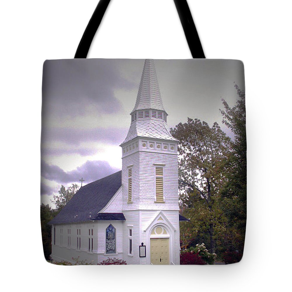 Church Tote Bag featuring the photograph St. Mathews Chapel In Sugar Hill by Nancy Griswold