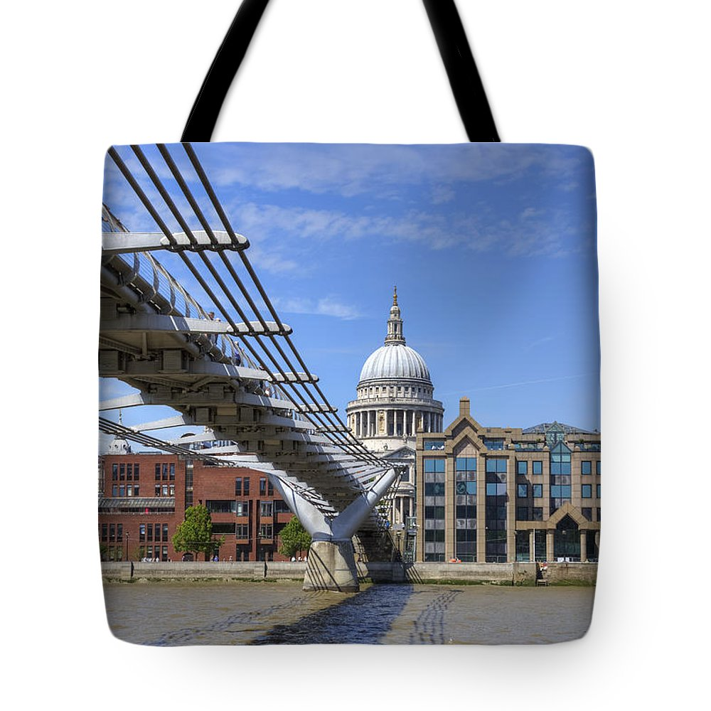 St Paul's Cathedral Tote Bag featuring the photograph St Paul's Cathedral by Joana Kruse