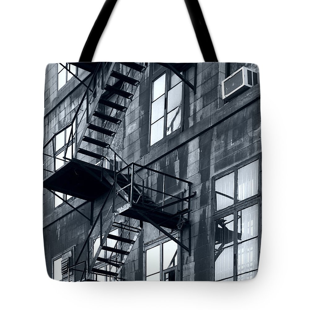 Canada Tote Bag featuring the photograph Stairs by Pierre Logwin