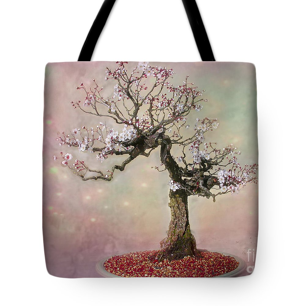 Plum Tote Bag featuring the photograph Starlight Surrounds Her by Marilyn Cornwell