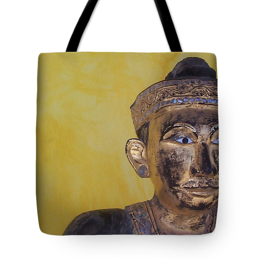 Charity Tote Bag featuring the photograph Statue by Mary-Lee Sanders