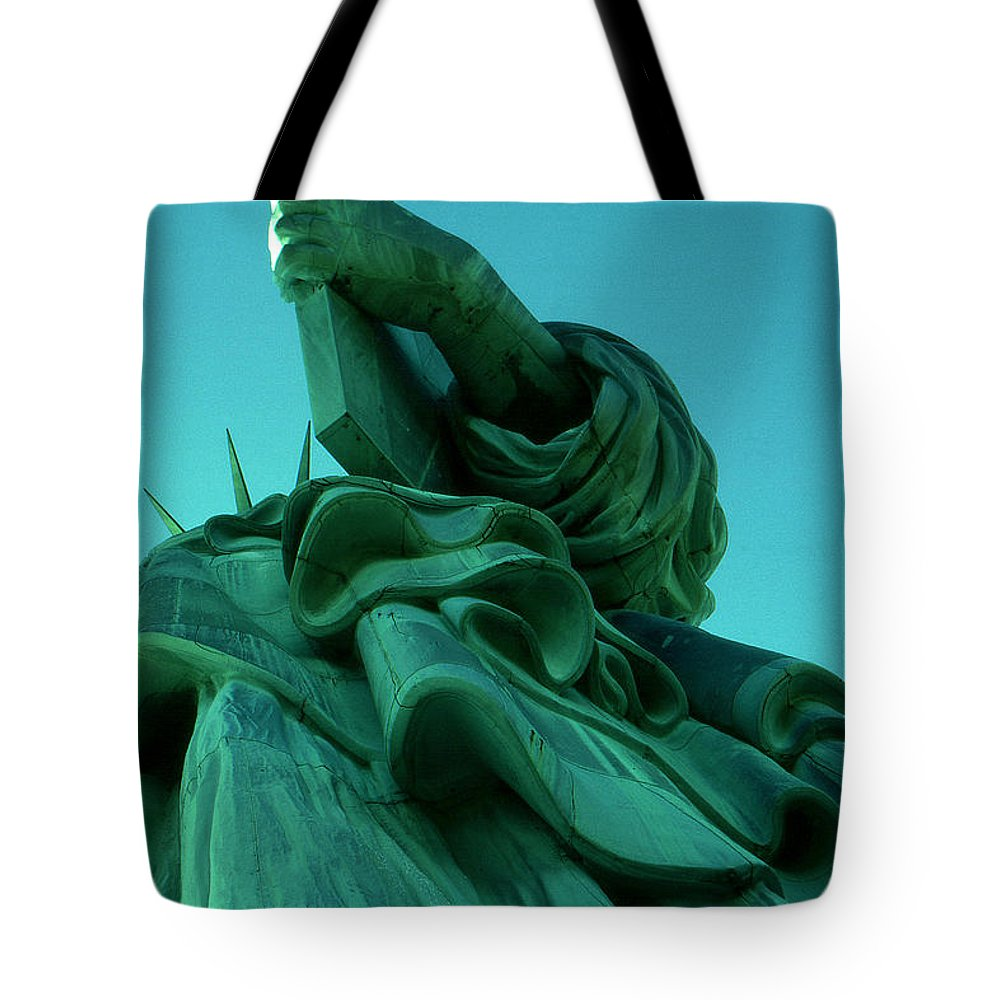 Statue+of+liberty Tote Bag featuring the photograph Statue Of Liberty New York City by Peter Potter