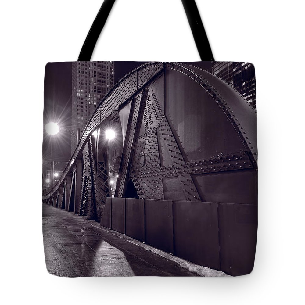 Bridge Tote Bag featuring the photograph Steel Bridge Chicago Black And White by Steve Gadomski