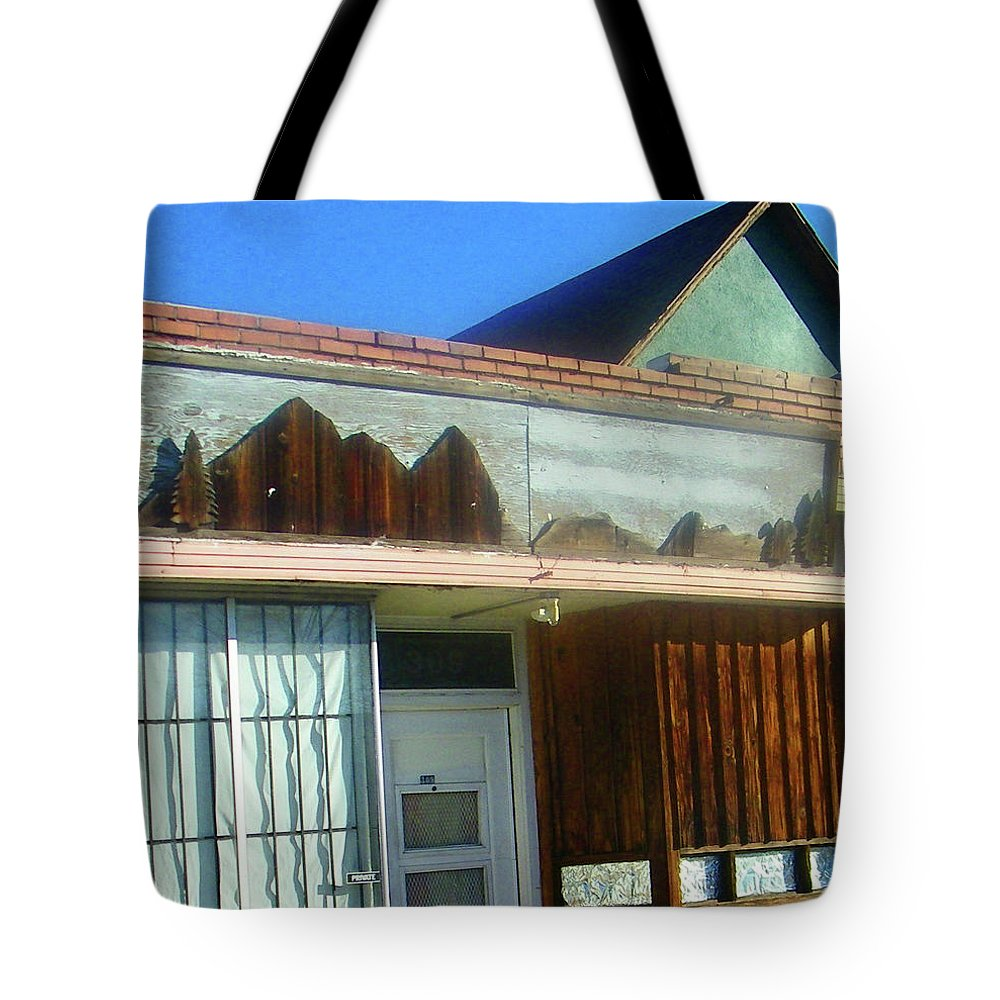 Abstract Tote Bag featuring the photograph Steel City Decorations by Lenore Senior