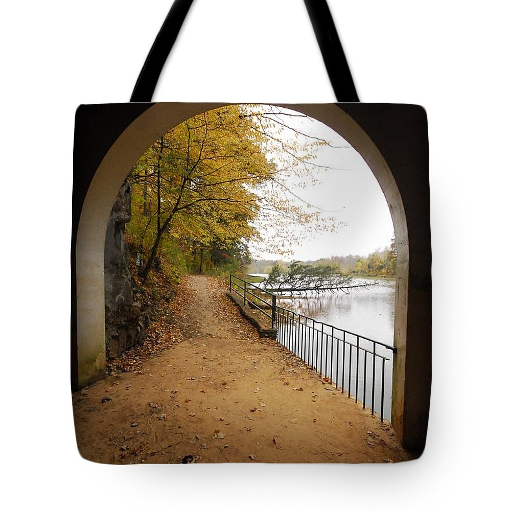 Tags Tote Bag featuring the photograph Step Into Fall by Donald Groves
