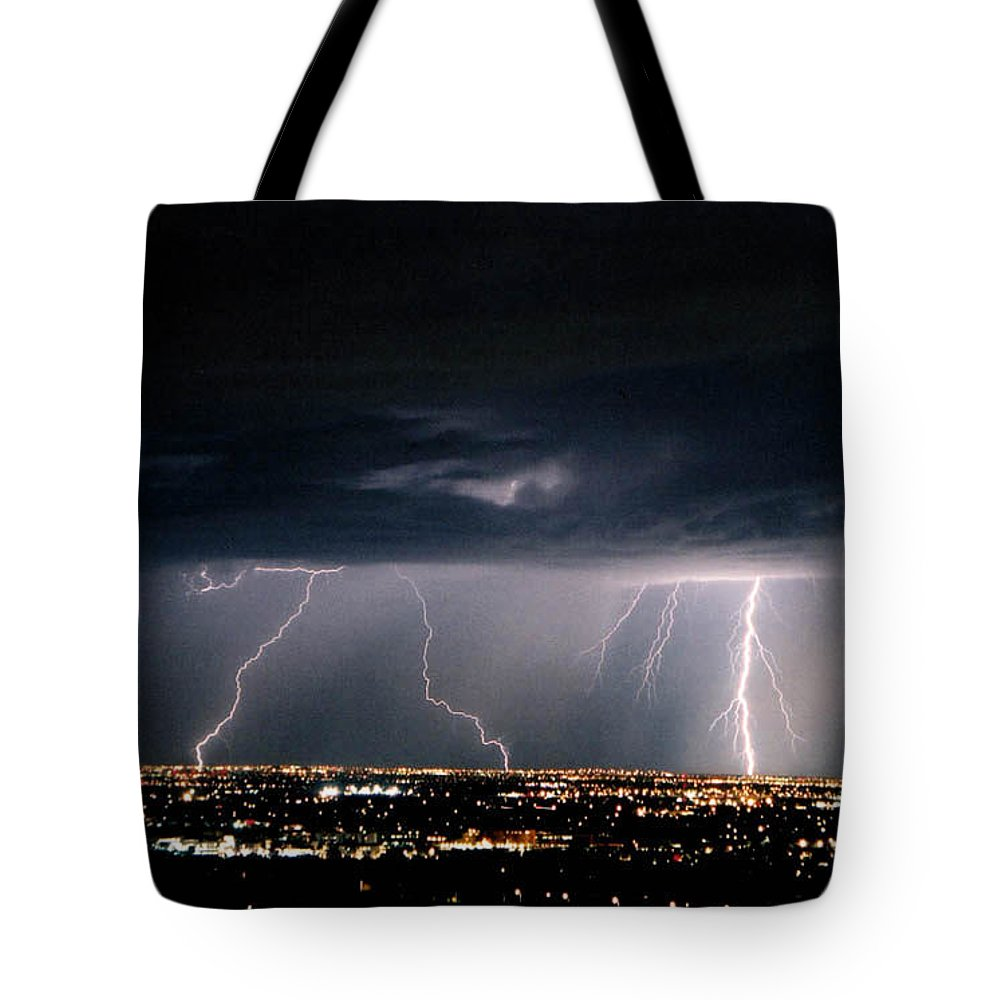 Lightning Tote Bag featuring the photograph Steppin' Out by Cathy Franklin