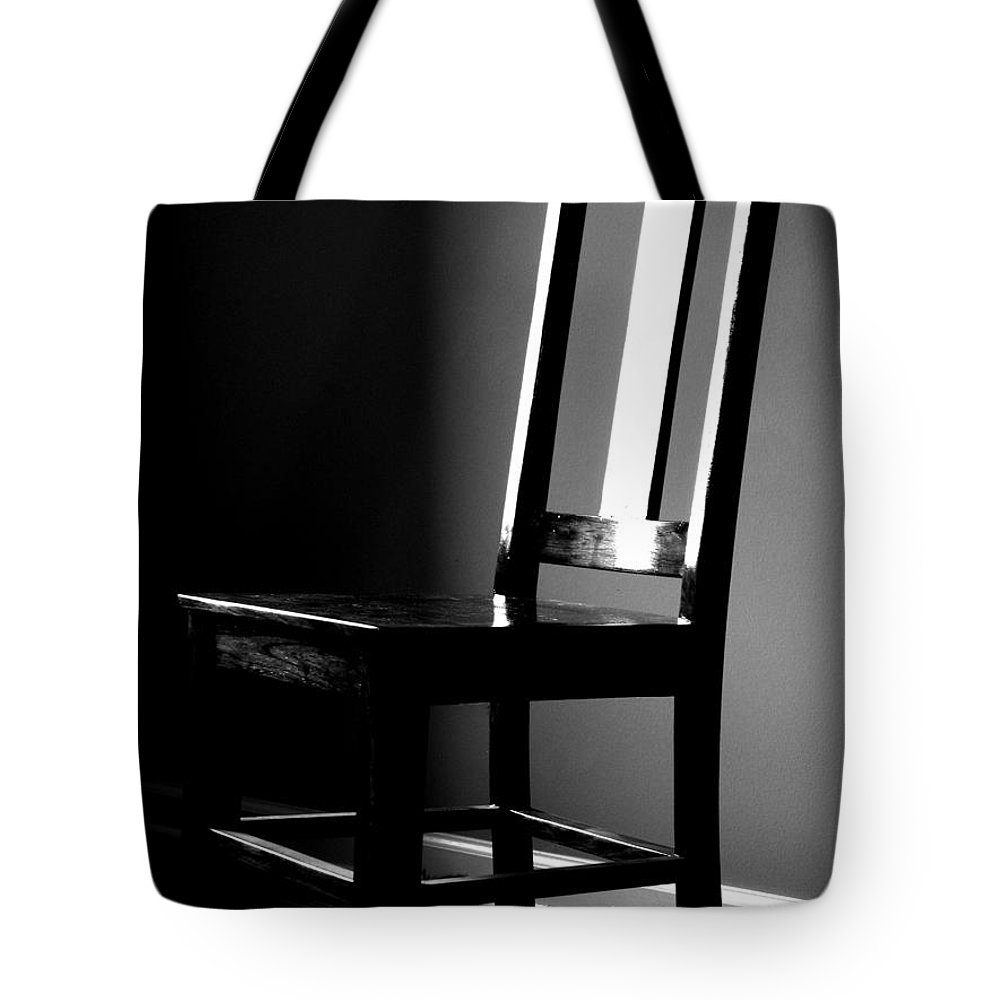 Stillness Tote Bag featuring the photograph Still by Amanda Barcon