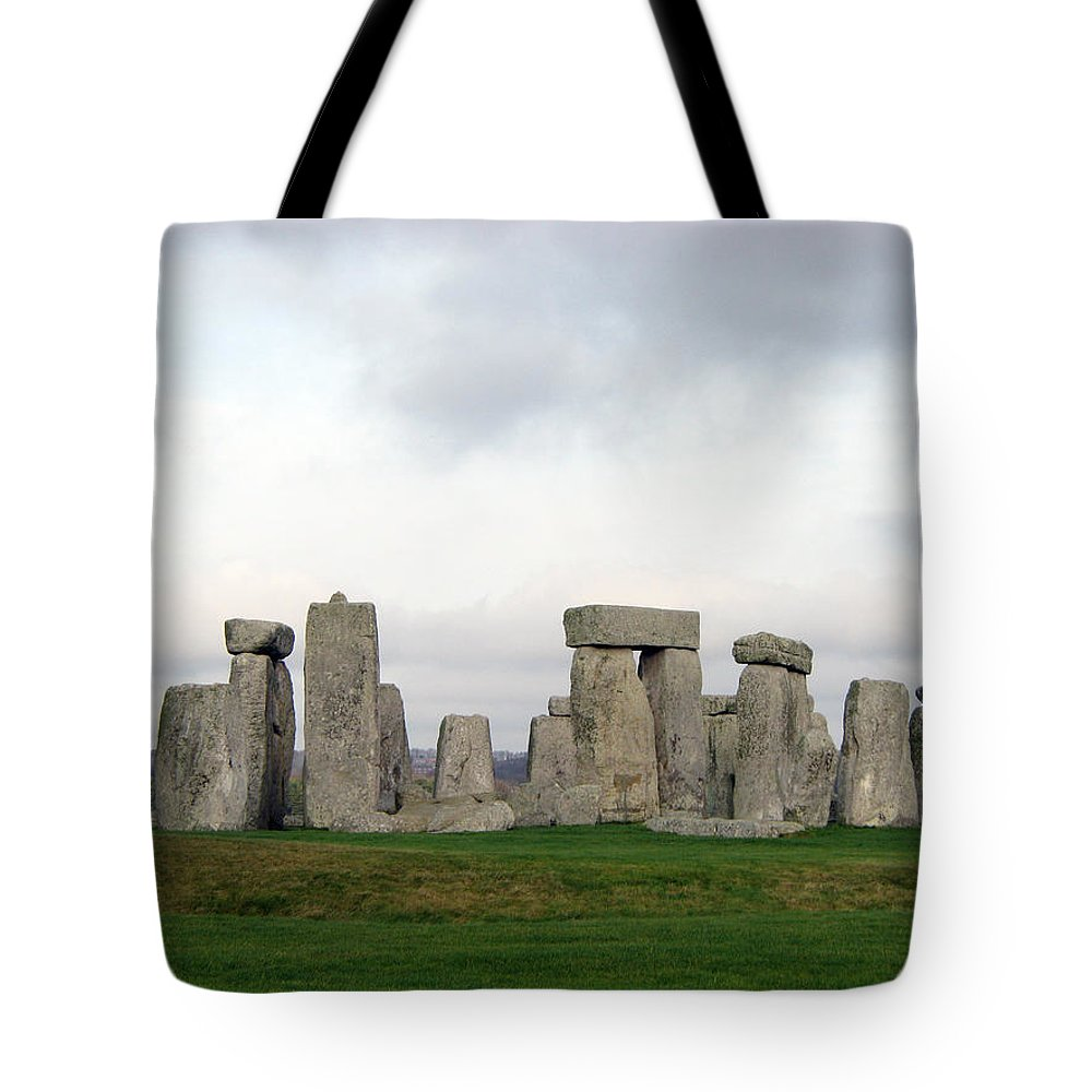 Stonehenge Tote Bag featuring the photograph Stonehenge by Amanda Barcon