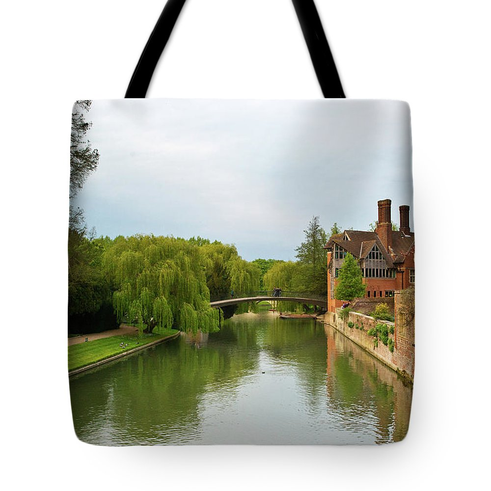 Stratford Tote Bag featuring the photograph Stratford Upon Avon 2 by Douglas Barnett