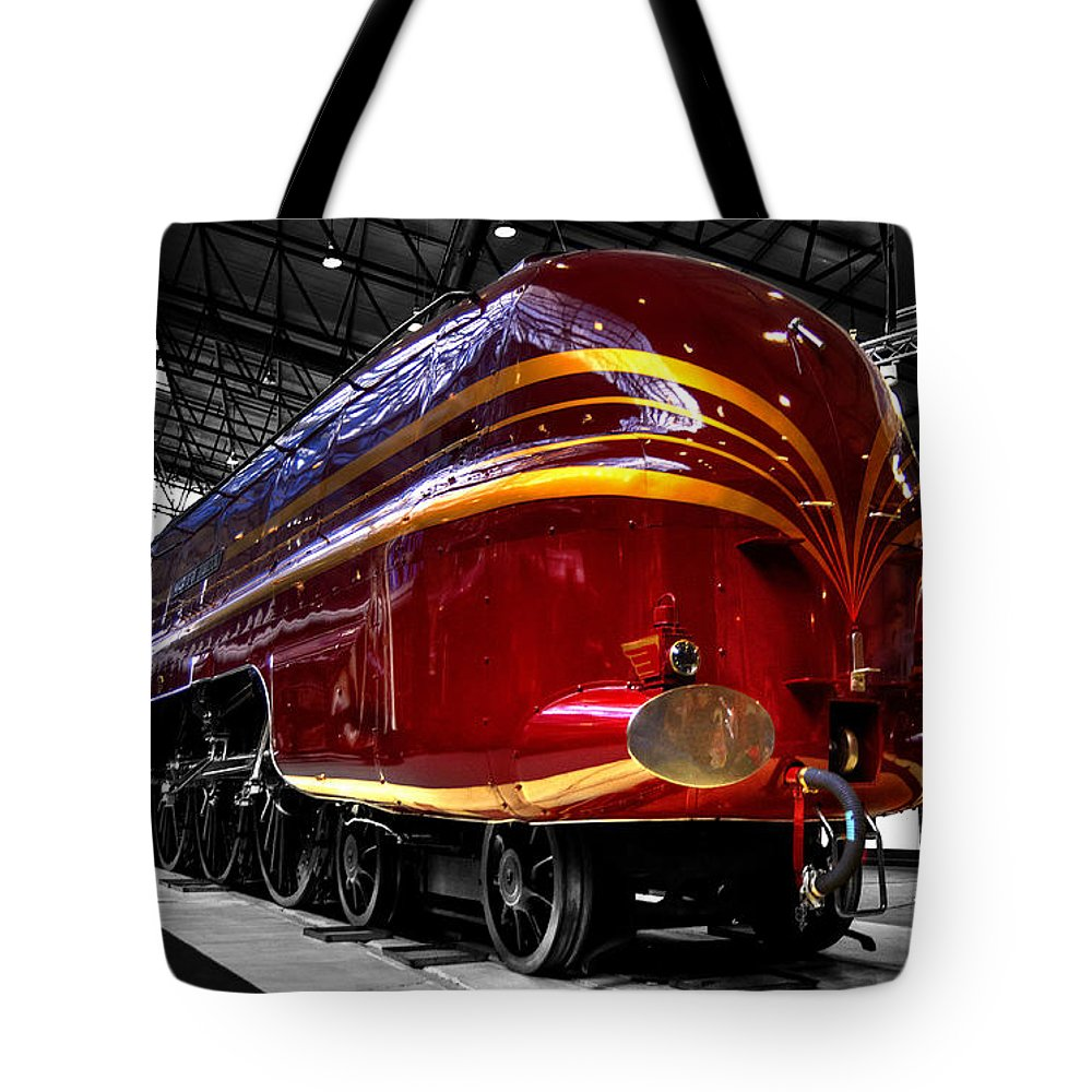 Red Tote Bag featuring the photograph Streamlined For Speed by Rob Hawkins