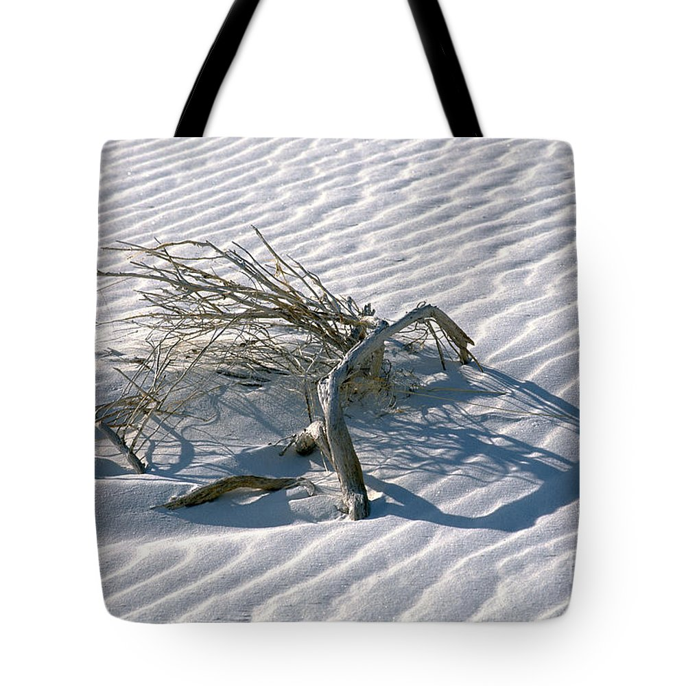 White Sands Tote Bag featuring the photograph Struggle To Survive by Sandra Bronstein