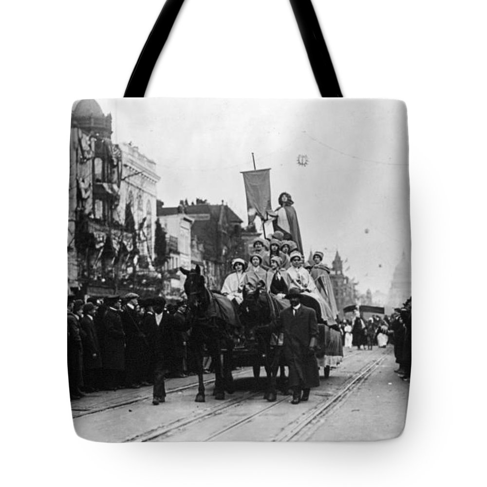 1913 Tote Bag featuring the photograph Suffrage Parade, 1913 by Granger