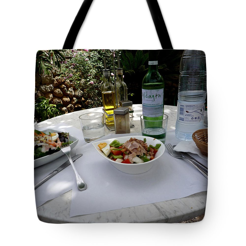 Lunch Tote Bag featuring the photograph Summer Salad by Charles Stuart
