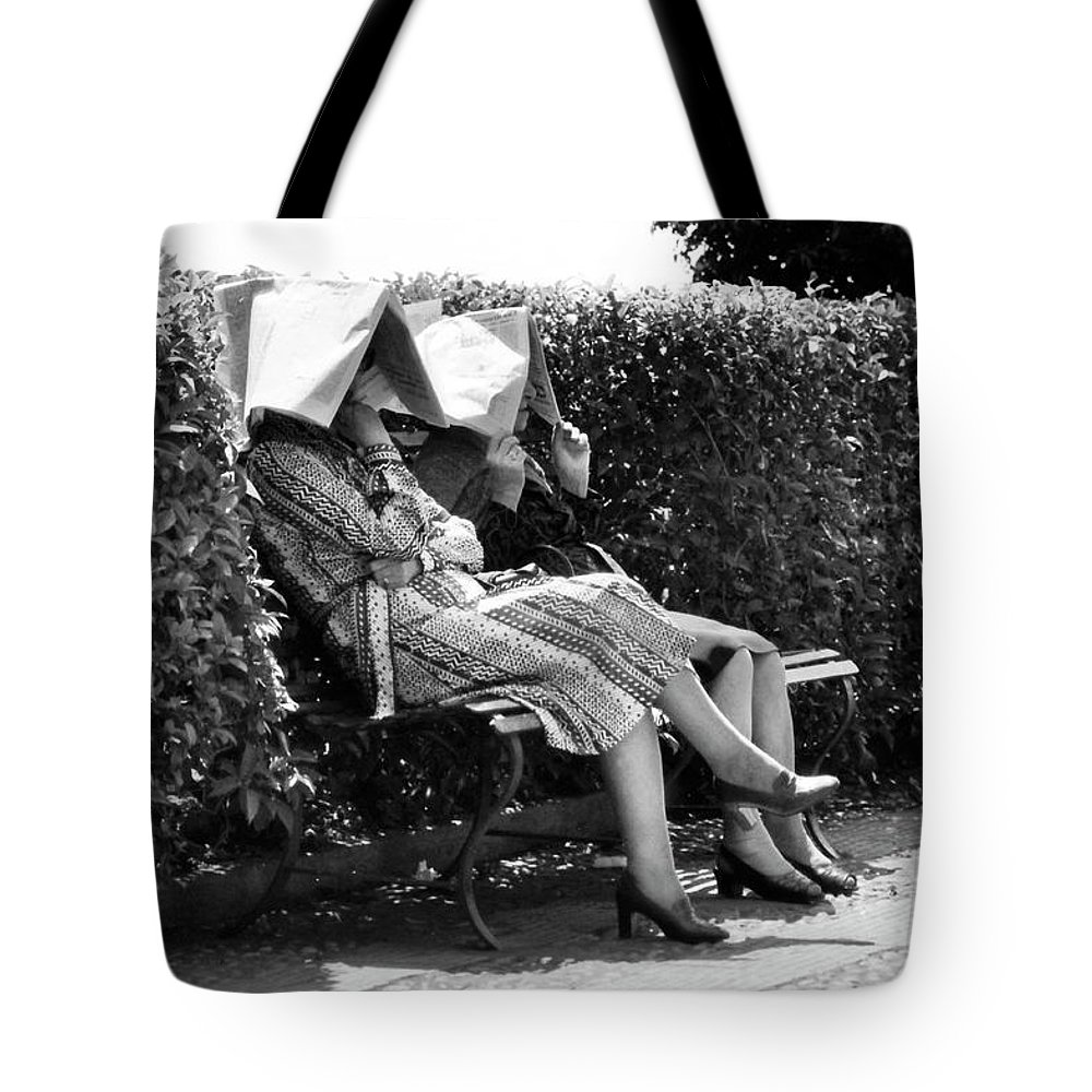 Sun Tote Bag featuring the photograph Sun-shades by Robert Lacy