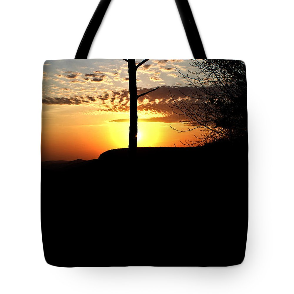 Sunburst Tote Bag featuring the photograph Sunburst Sunset by Douglas Barnett