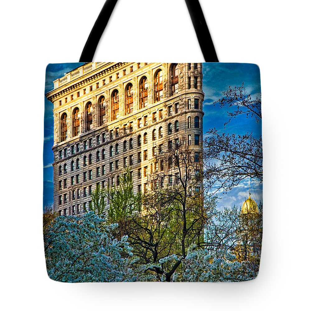 Hdr Tote Bag featuring the photograph Sunlit Flatiron Spring by Chris Lord