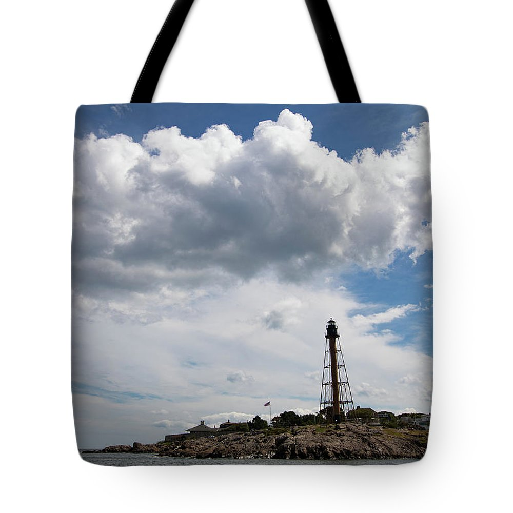 Chandler Hovey Park Tote Bag featuring the photograph Sunny Day At Marblehead Lighthouse by Jeff Folger