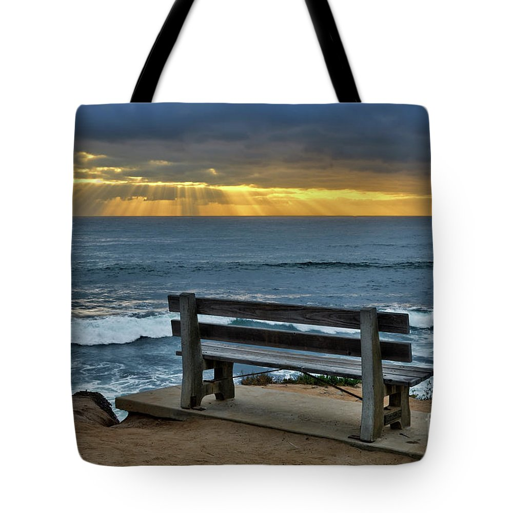 Sunrays Tote Bag featuring the photograph Sunrays On The Horizon by Eddie Yerkish