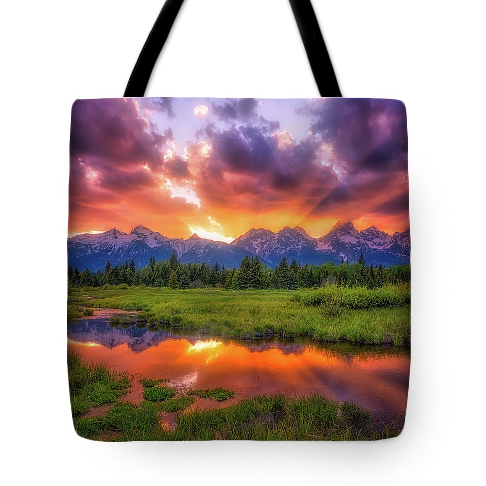 Sunset Tote Bag featuring the photograph Sunrays Over The Tetons by Darren White