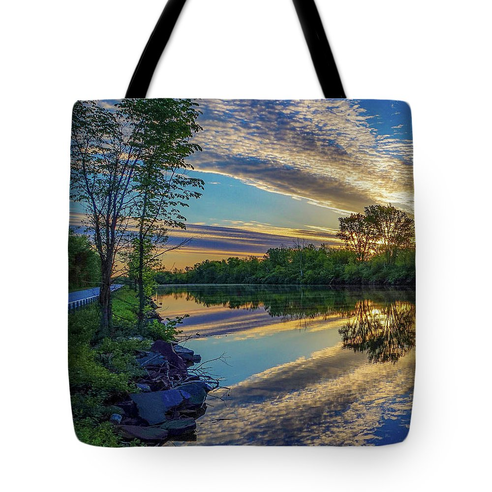 Tote Bag featuring the photograph Sunrise Over The Champlain Canal by Kendall McKernon