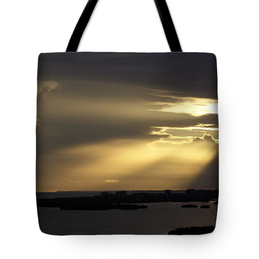Sunset Over Estero Tote Bag featuring the photograph Sunset 0006 by Laurie Paci