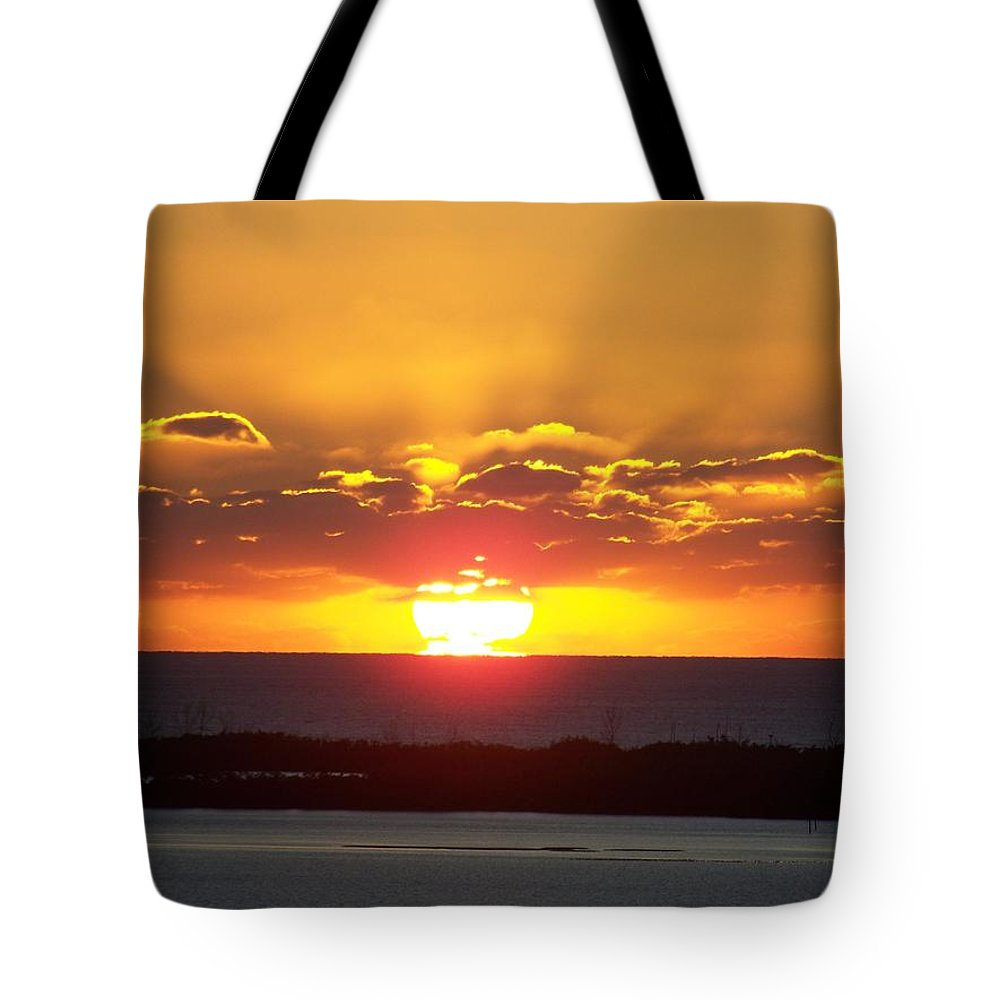 Sunset Tote Bag featuring the photograph Sunset 0010 by Laurie Paci