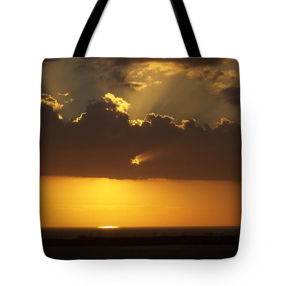 Sunset Tote Bag featuring the photograph Sunset 0025 by Laurie Paci