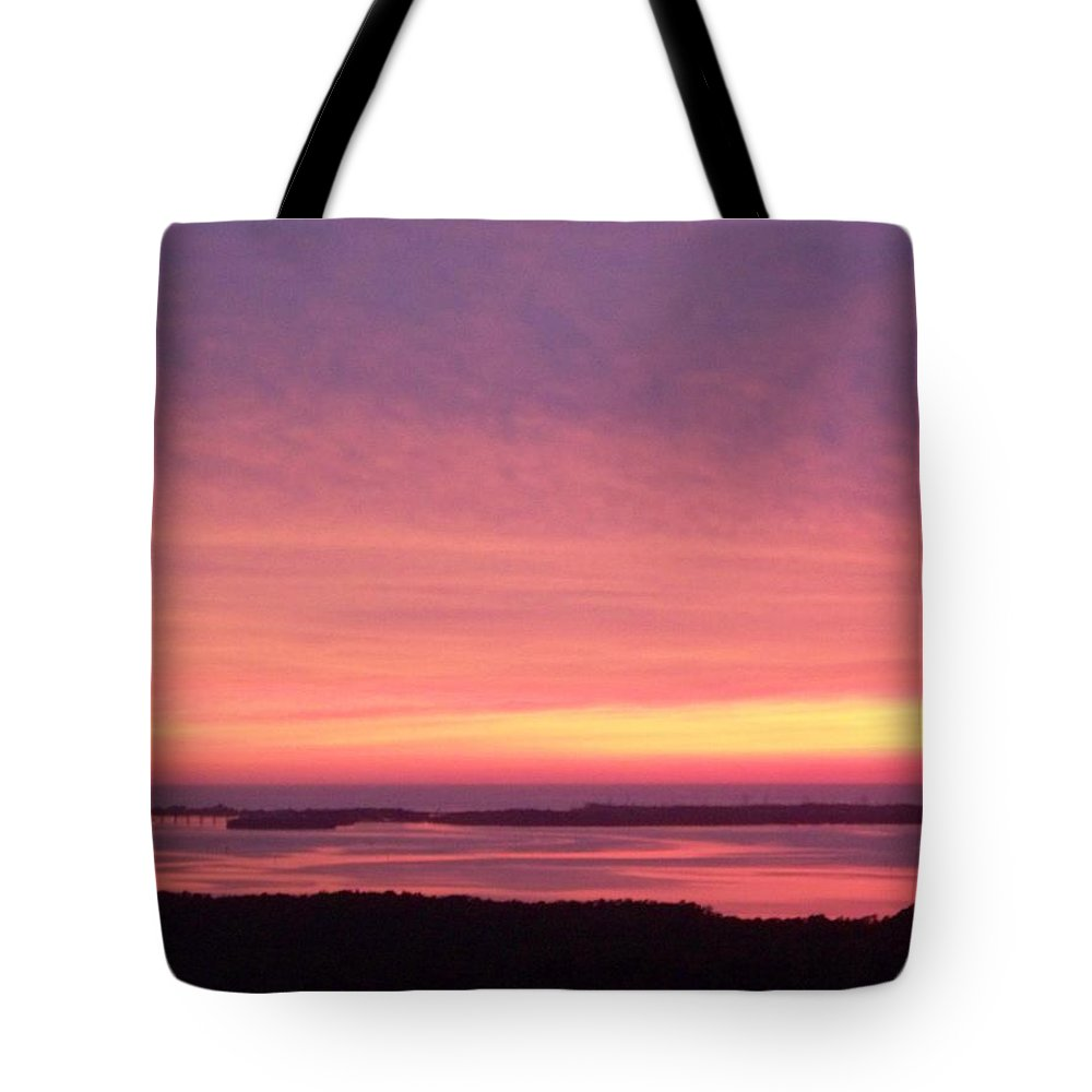 Sunset Tote Bag featuring the photograph Sunset 0029 by Laurie Paci