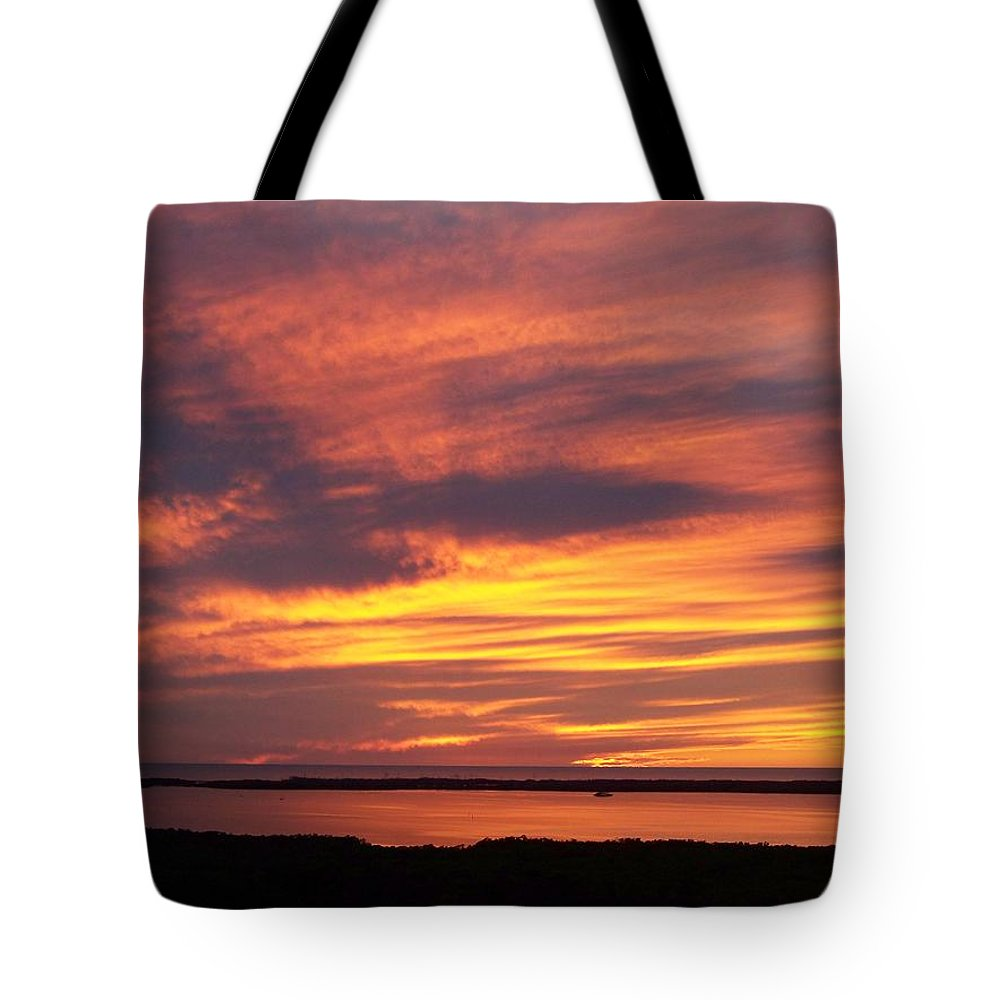 Sunset Tote Bag featuring the photograph Sunset 0037 by Laurie Paci