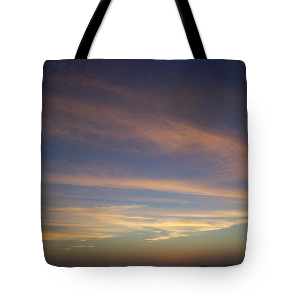 Sunset Tote Bag featuring the photograph Sunset 0039 by Laurie Paci