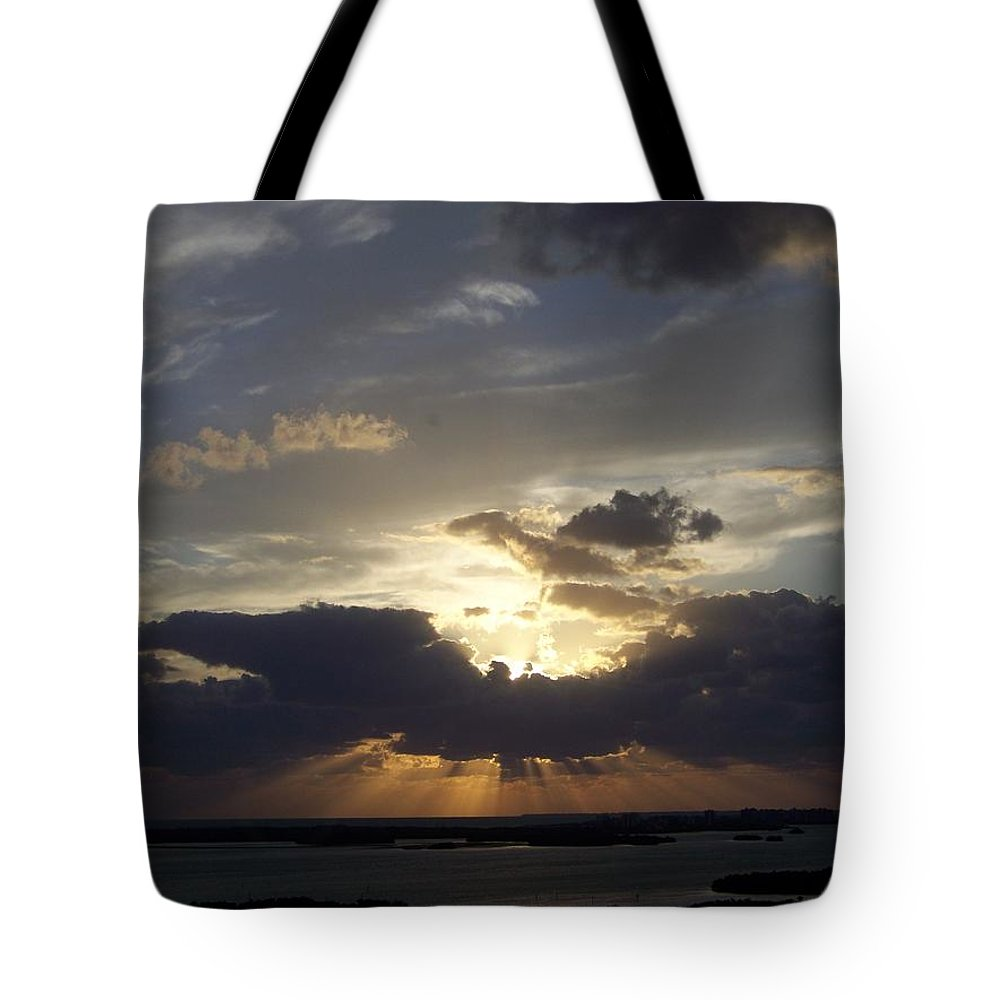 Sunset Tote Bag featuring the photograph Sunset 0044 by Laurie Paci