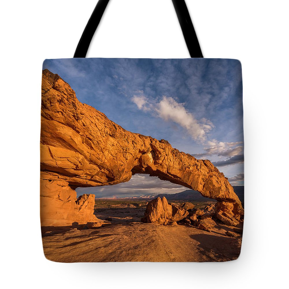 Escalante Tote Bag featuring the photograph Sunset Arch by Dustin LeFevre