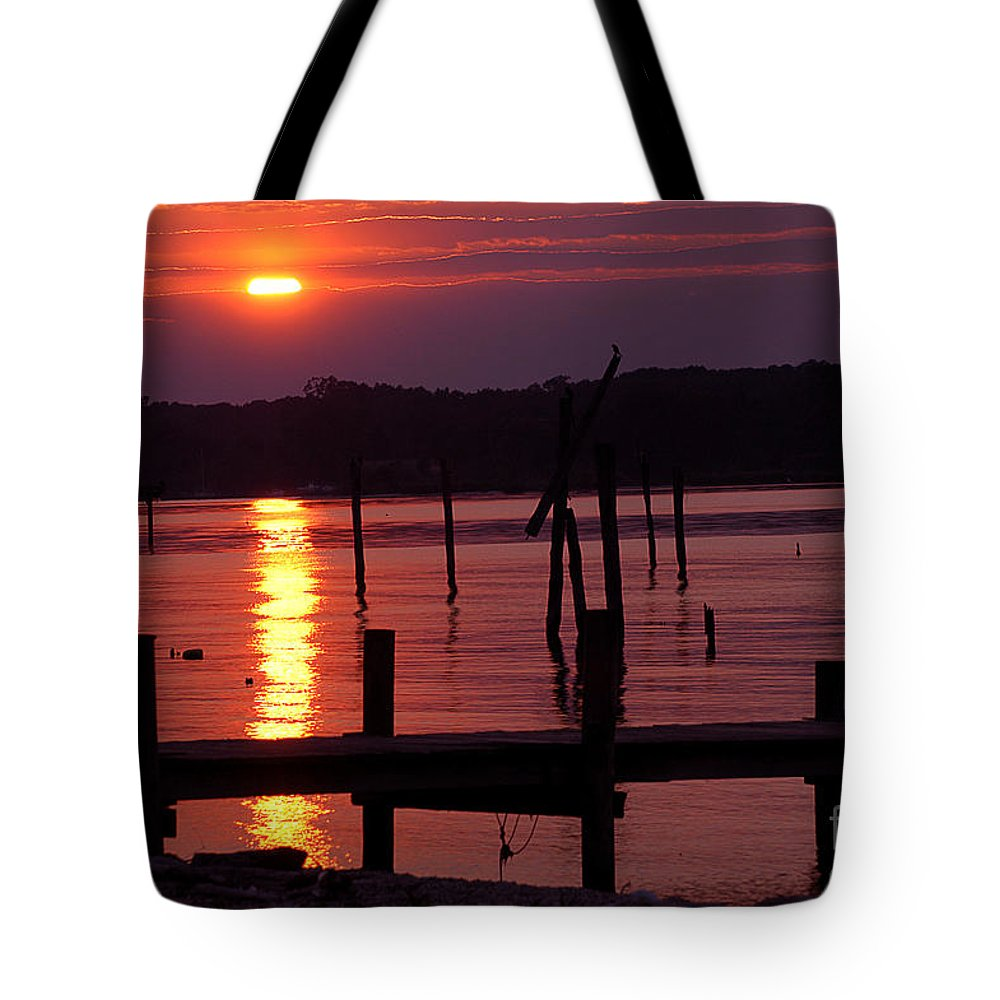 Clay Tote Bag featuring the photograph Sunset At Colonial Beach by Clayton Bruster