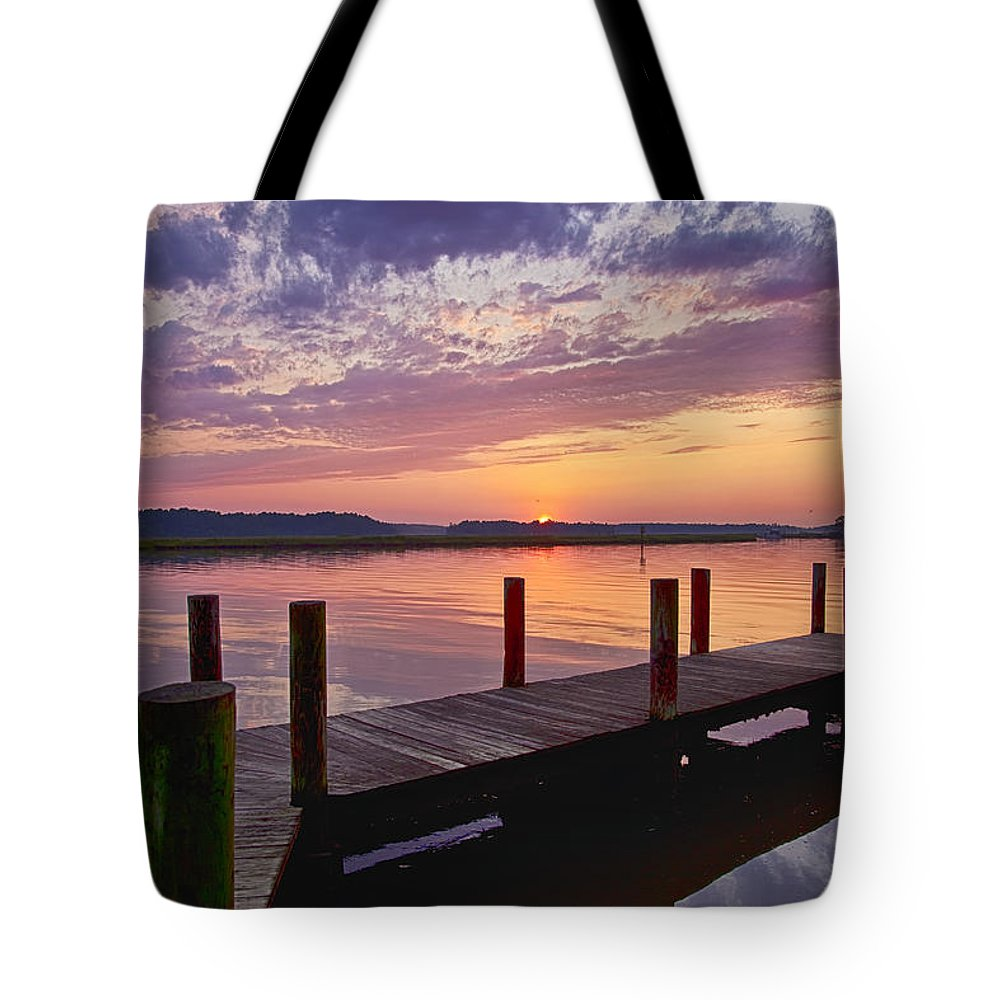 Sky Tote Bag featuring the photograph Sunset At Denbigh Park II by Amy Jackson