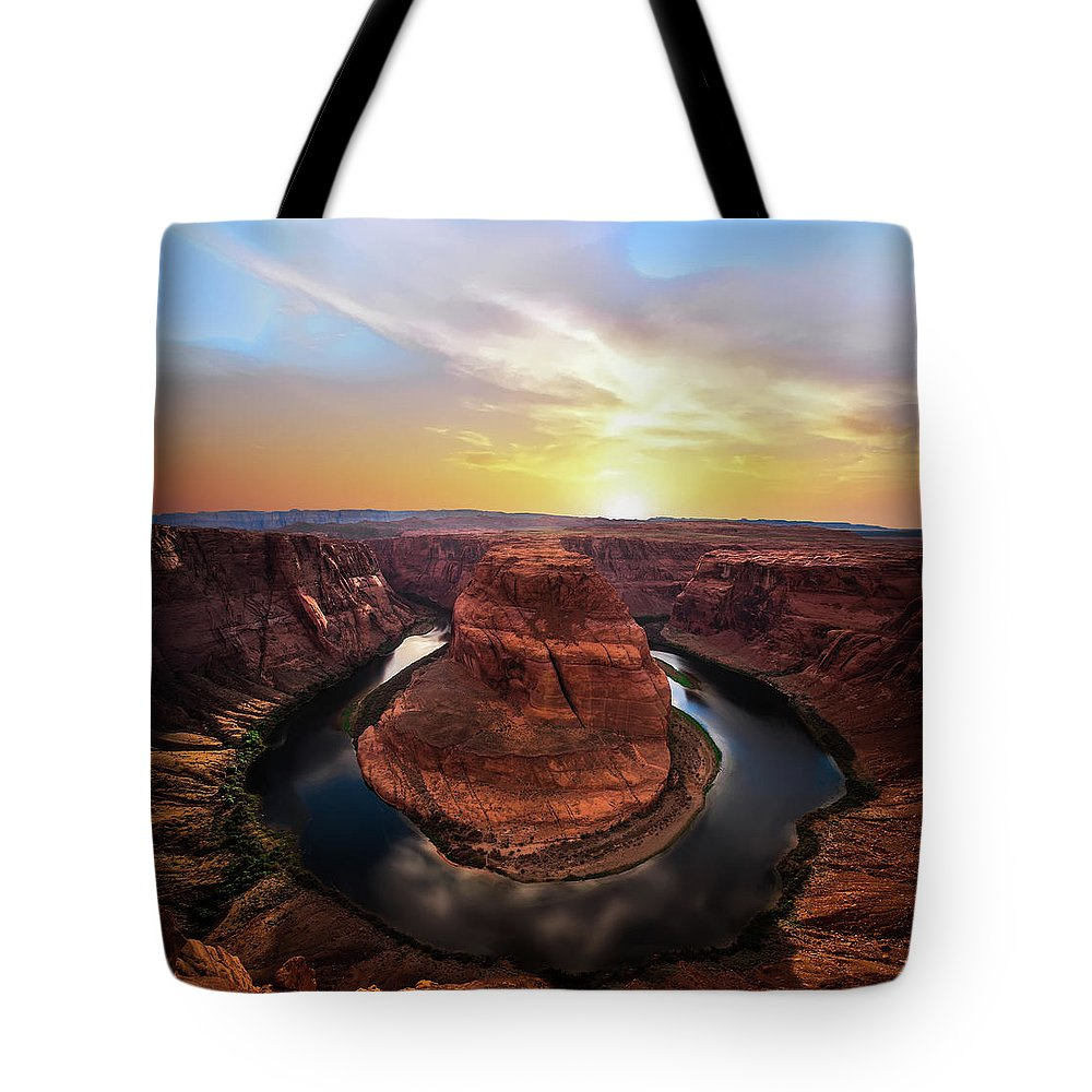 Bend Tote Bags