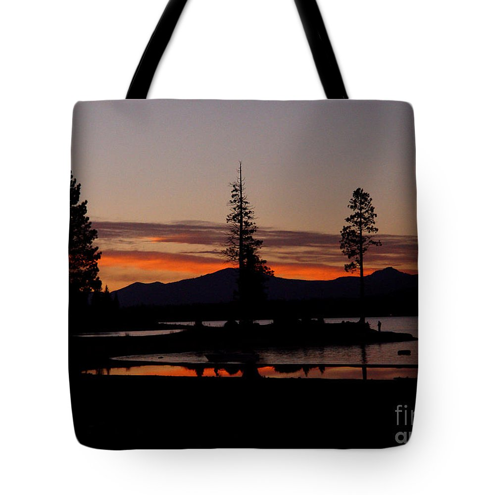 Lake Almanor Tote Bag featuring the photograph Sunset At Lake Almanor 02 by Peter Piatt