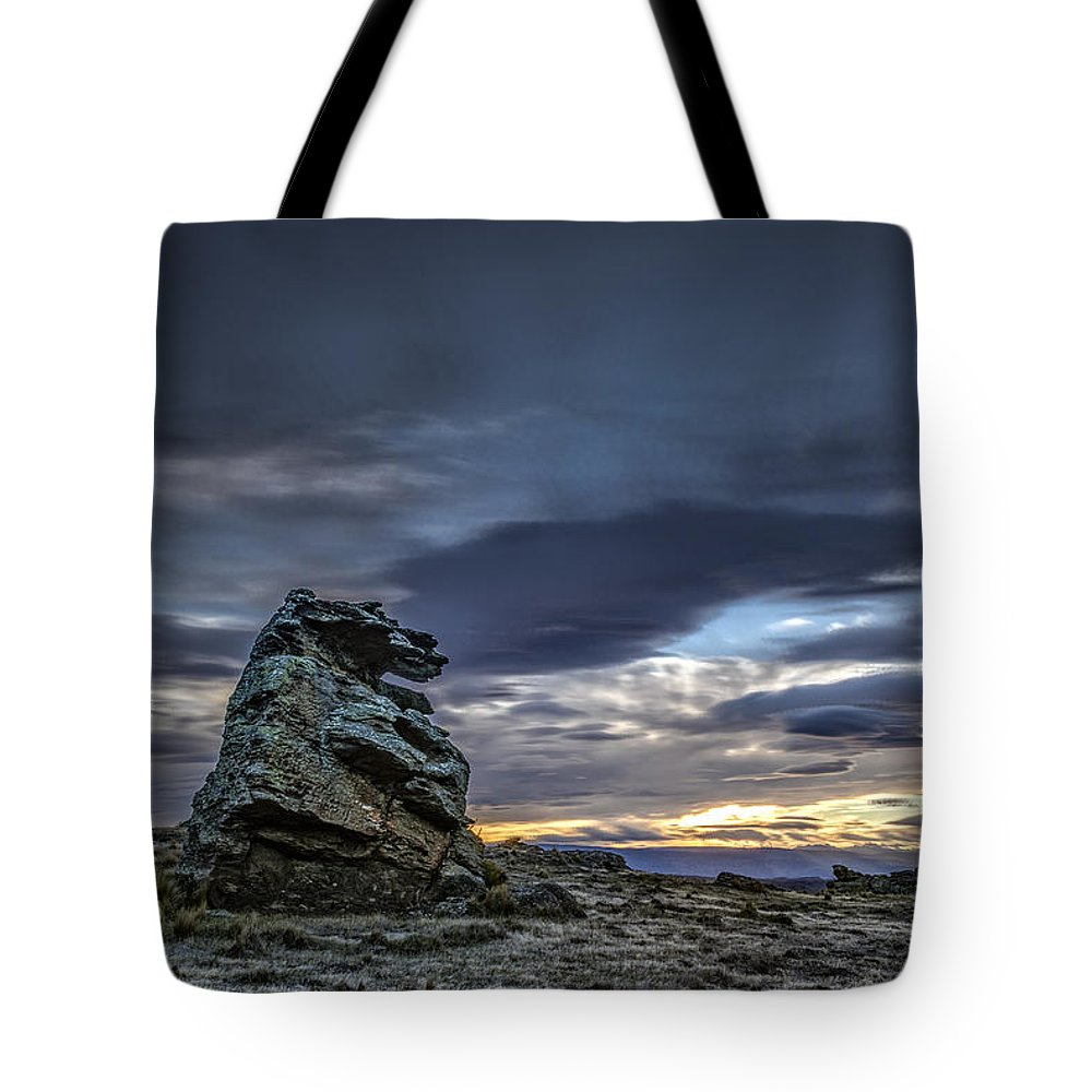 Clouds/sky Tote Bag featuring the photograph Sunset At Poolburn Reservoir 1 by Robert Green