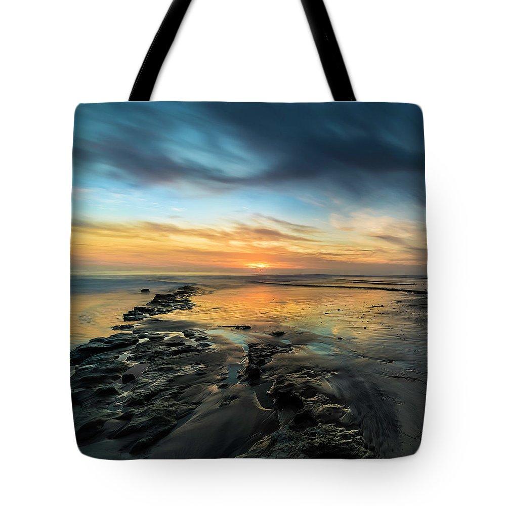 Ocean Sunset Tote Bags