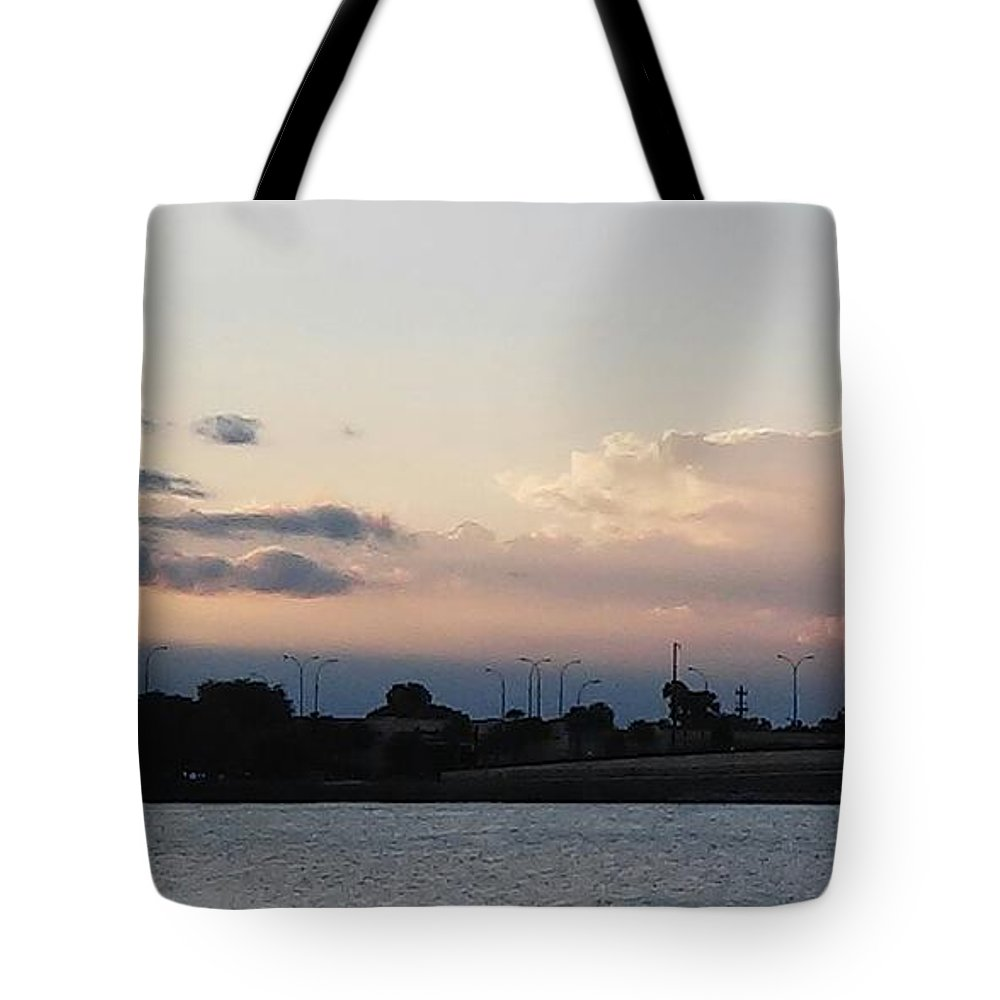 Tote Bag featuring the photograph Sunset At The Lake2 by John Hiatt
